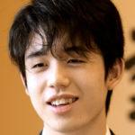 藤井聡太七段(17)棋聖戦のときは高校はどうなるの?年収が気になります?